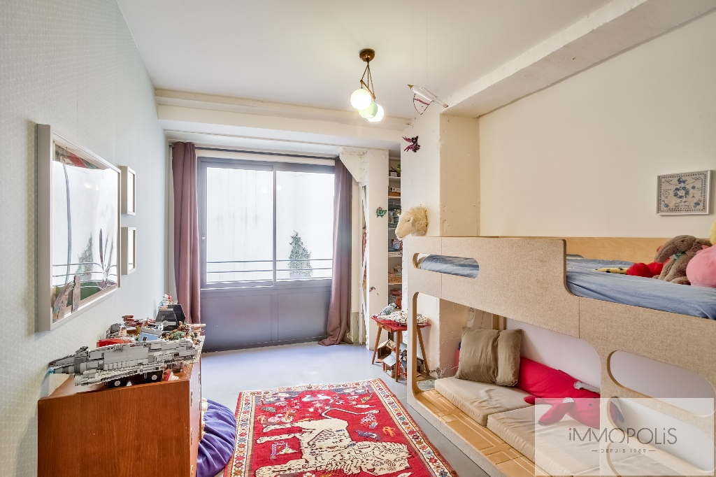 Very good deal! 160 M² loft / industrial apartment «like a house»! 7