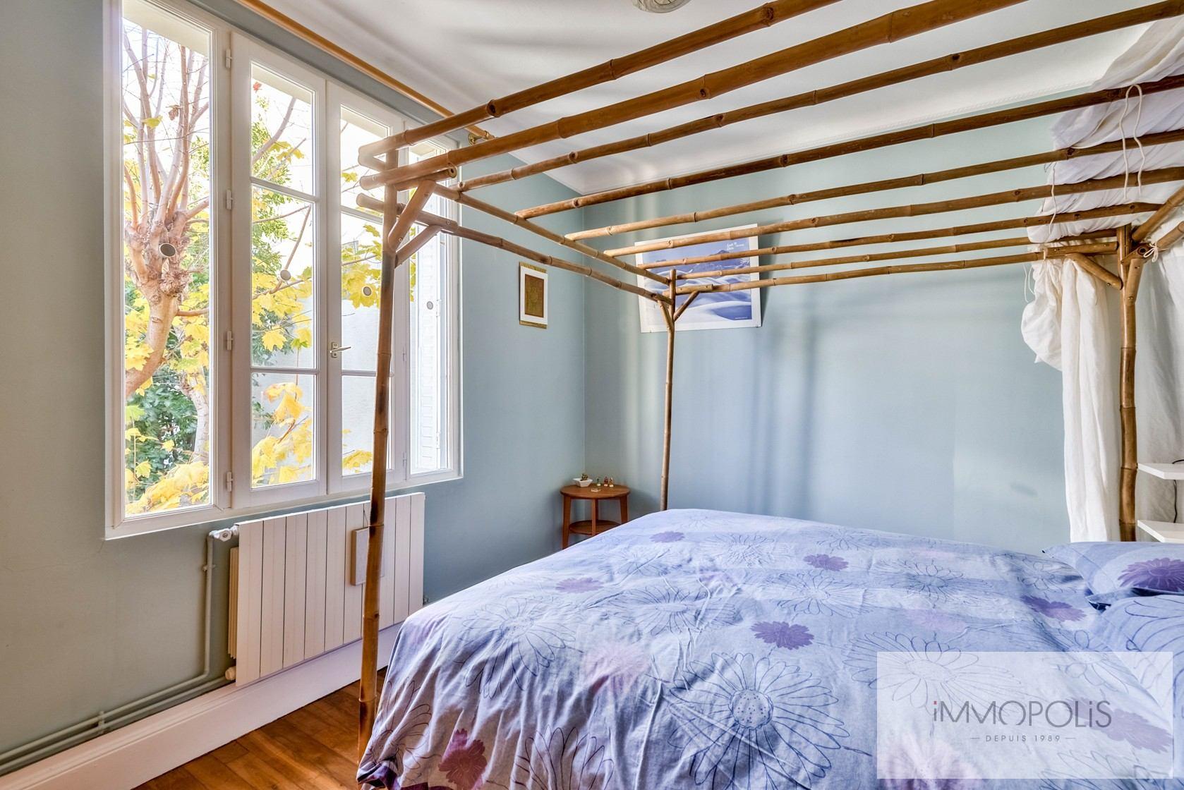 Charmante maison avec jardin et dépendance à Issy-les-Moulineaux (Epinettes) 5