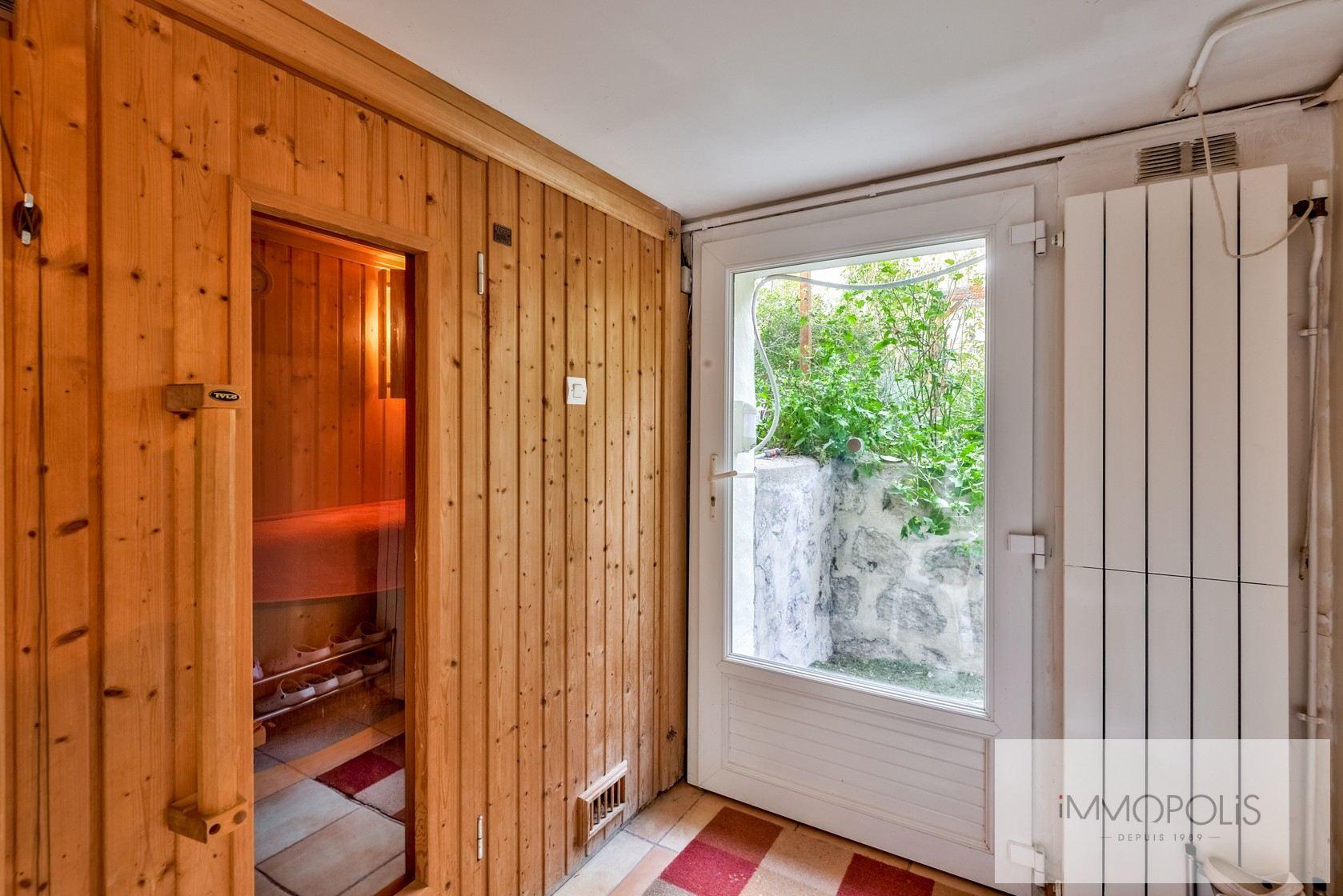 Charmante maison avec jardin et dépendance à Issy-les-Moulineaux (Epinettes) 7