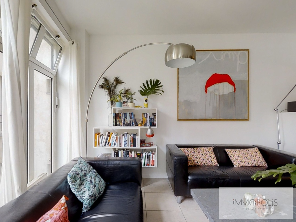 Abbesses: 3 bedroom Loft Apartment 4