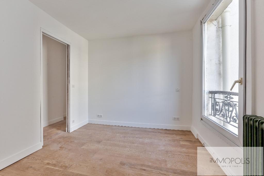 Appartement rue des Martyrs REFAIT A NEUF avec vue dégagée sur Sacré-Coeur 6
