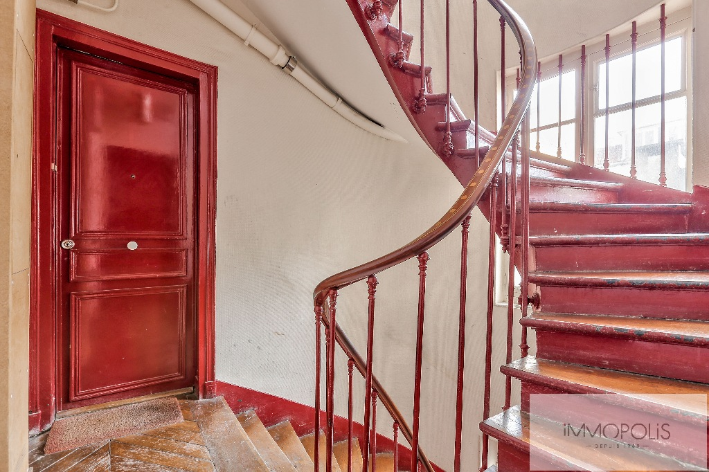 Appartement rue des Martyrs REFAIT A NEUF avec vue dégagée sur Sacré-Coeur 8