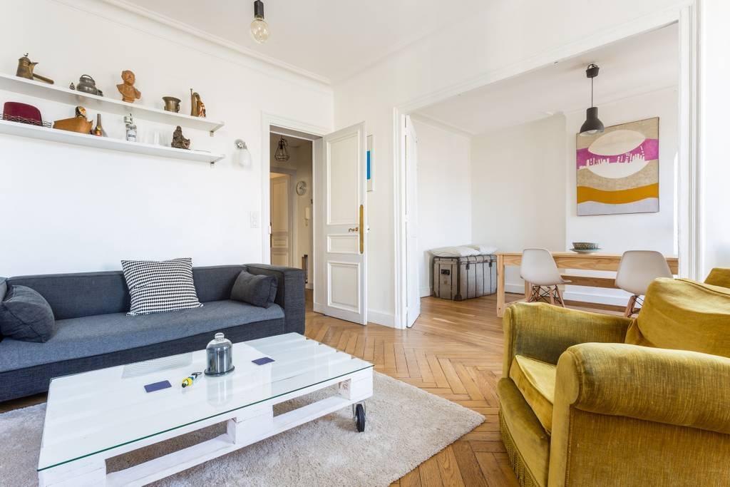 Appartement Paris 17ème 3 pièces vide 63.46 m2 2