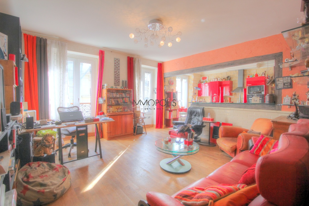 Beautiful 3/4 rooms full of charm in Montmartre 1
