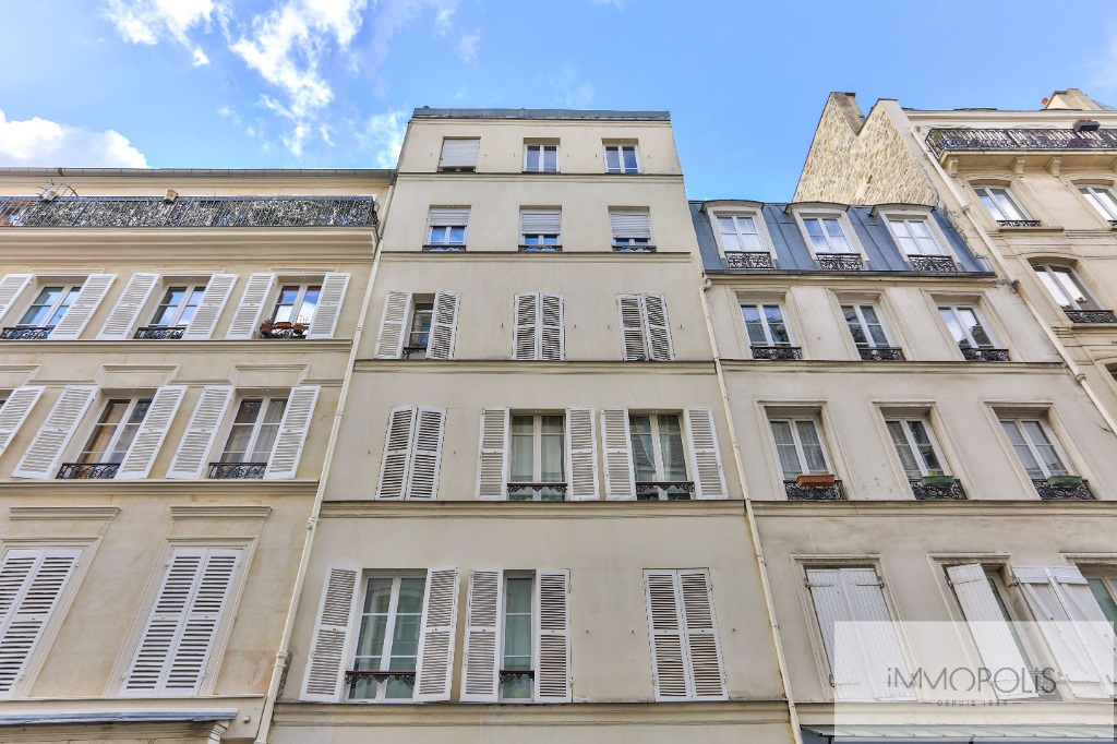 Quartier des Abbesses / Rue Durantin: Apartment type F2 with terrace 1