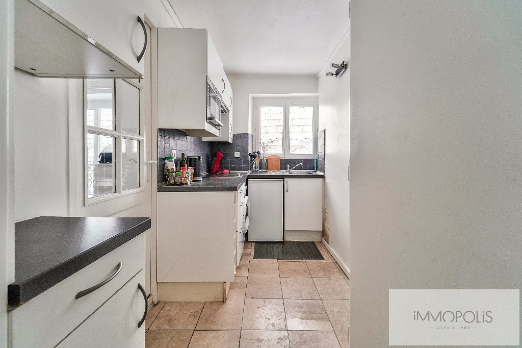 Charming studio in the heart of the Abbesses 5