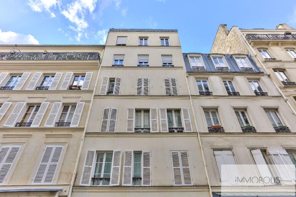 Quartier des Abbesses / Rue Durantin: Appartement de type F2 avec terrasse 1