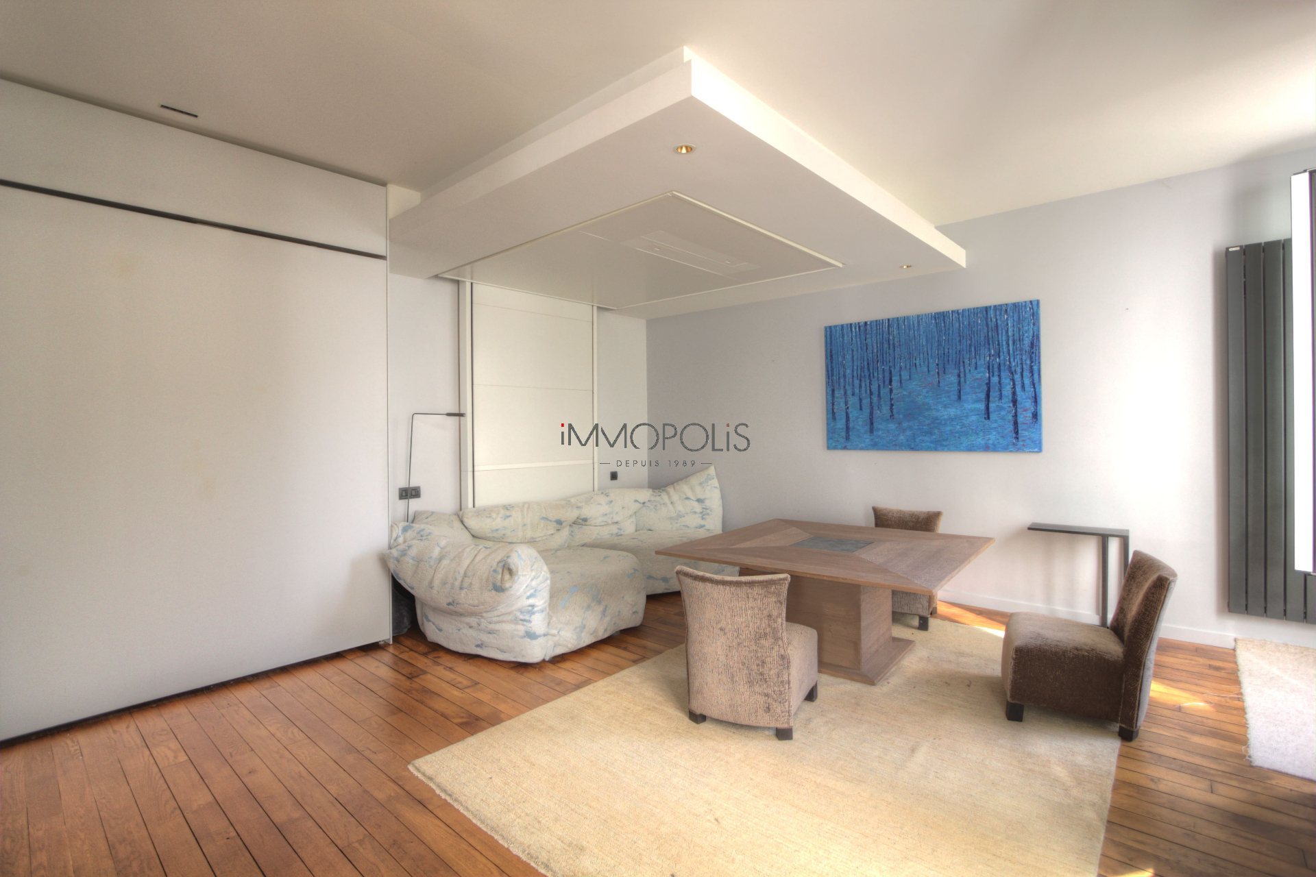 Exceptional in Montmartre (rue Gabrielle): refurbished open space, sumptuous services, with balcony and open view! 5