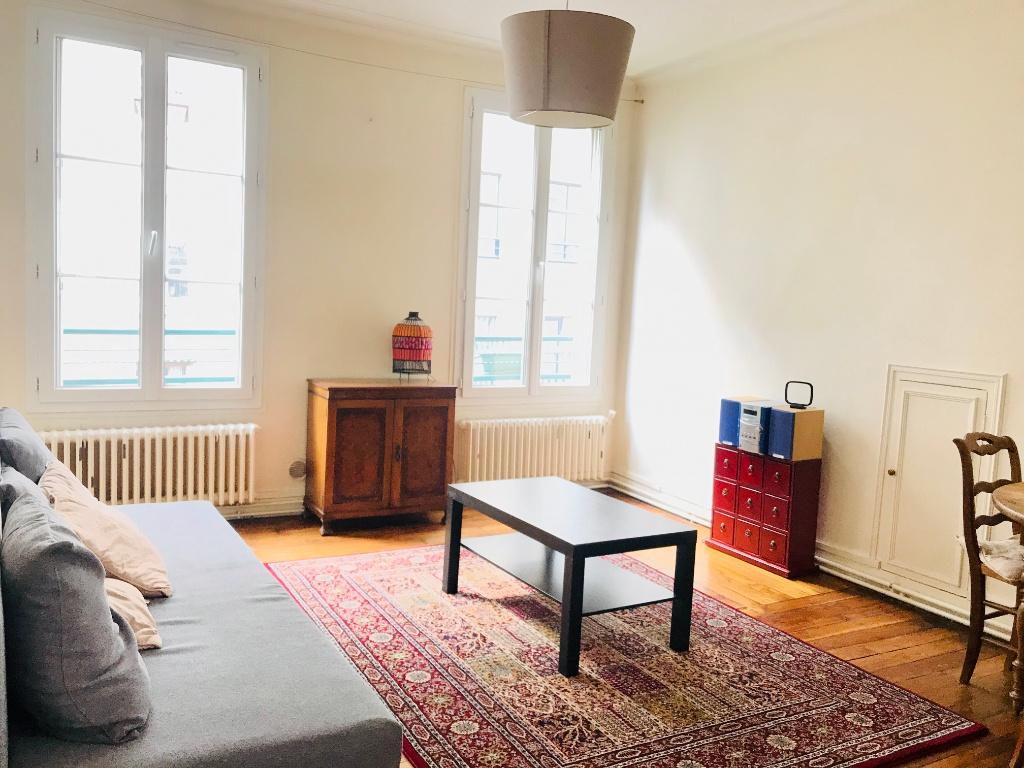 2 room apartment 44m² – Furnished – Paris 18th 1