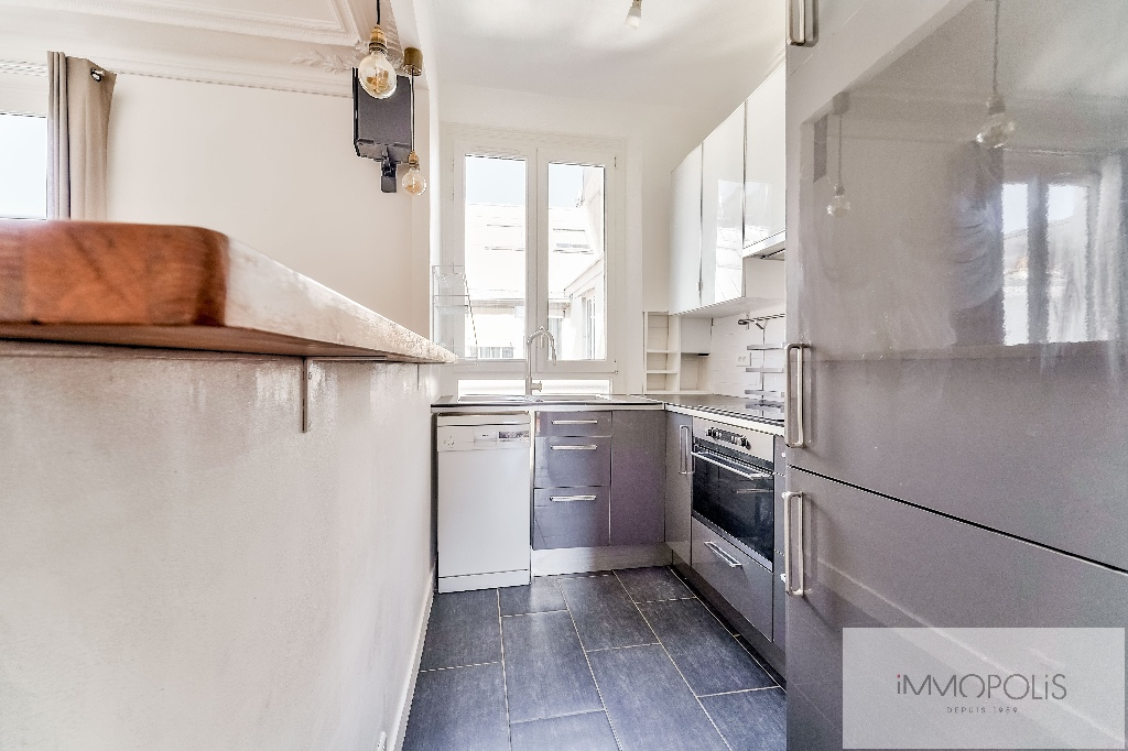 Place de l'Europe, very nice 3 room apartment in perfect condition 5