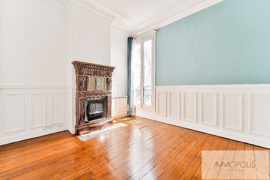 Place de l'Europe, very nice 3 room apartment in perfect condition 6