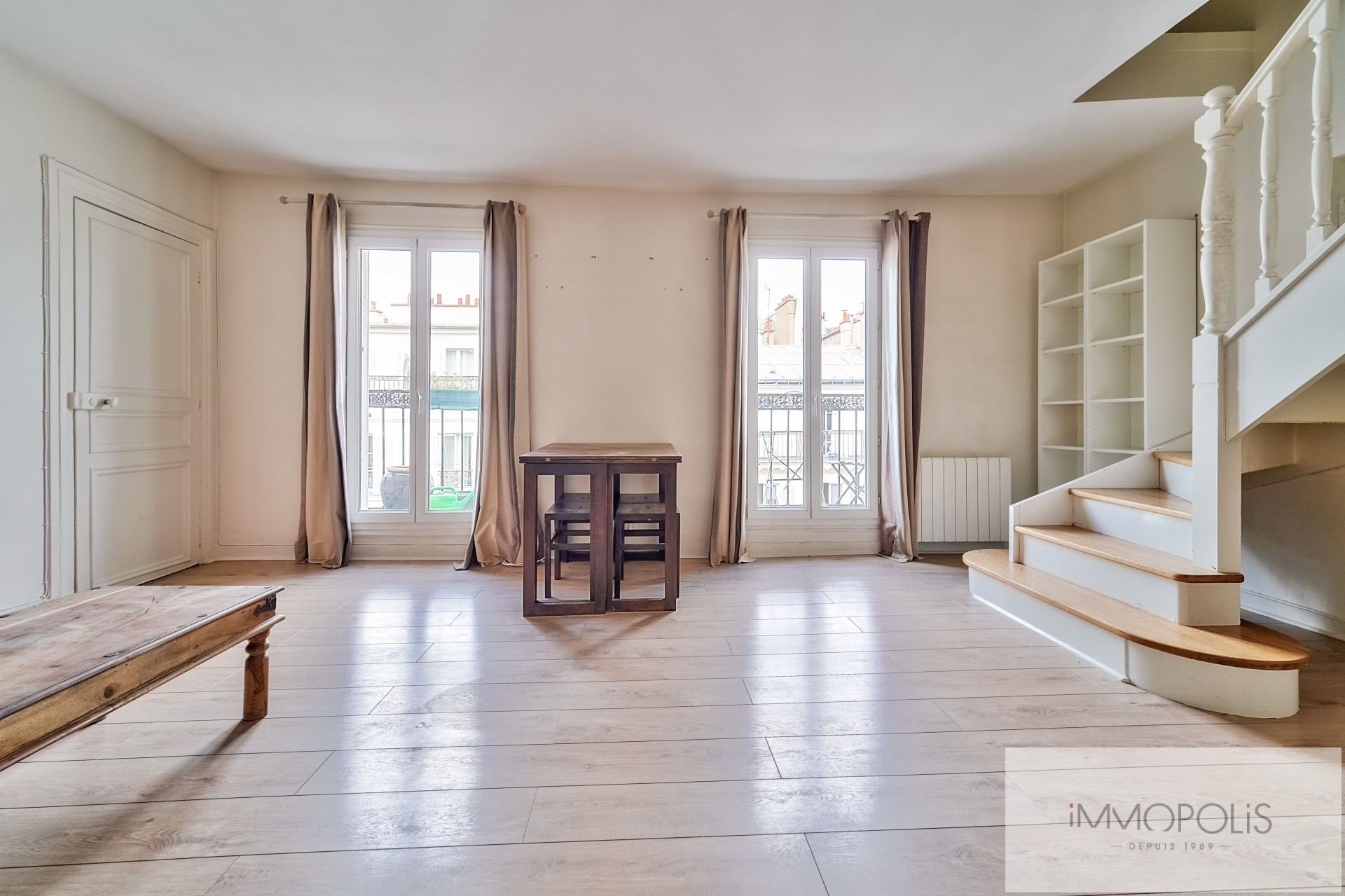 Duplex with Sacré Coeur view and continuous balcony – 63.77 m² carrez 1