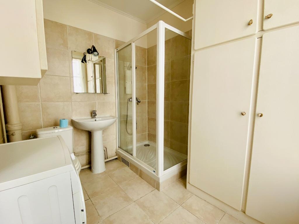 Appartement 2 pièces 44m²  – Meublé – Paris 18ème 7