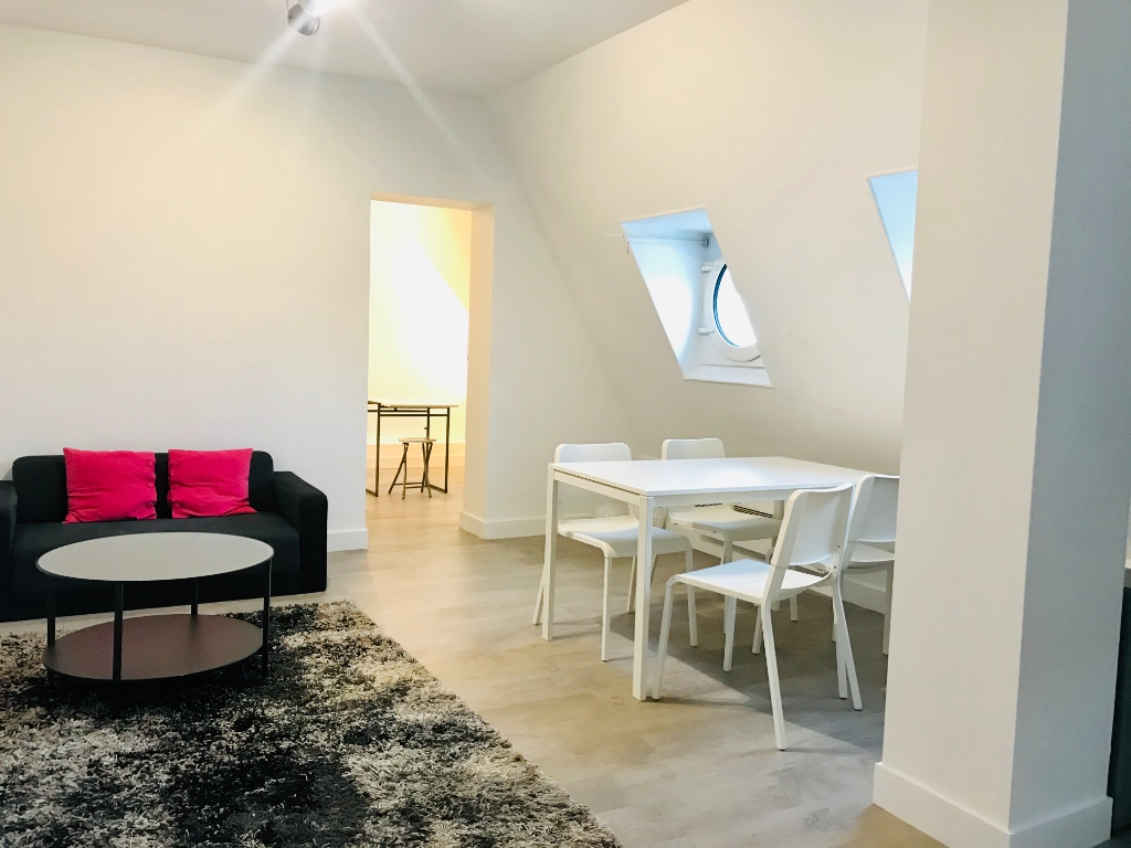 Paris 16th 2 furnished rooms 43 m2 1