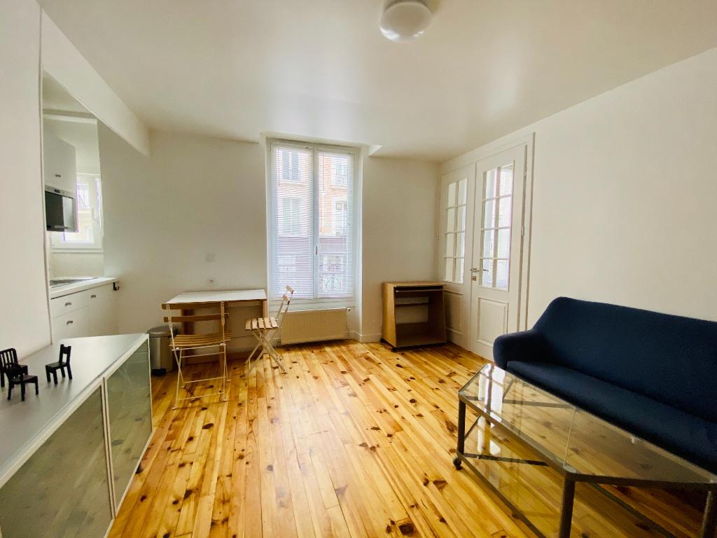 Appartement Paris 2 pièces meublé 33 m2 4
