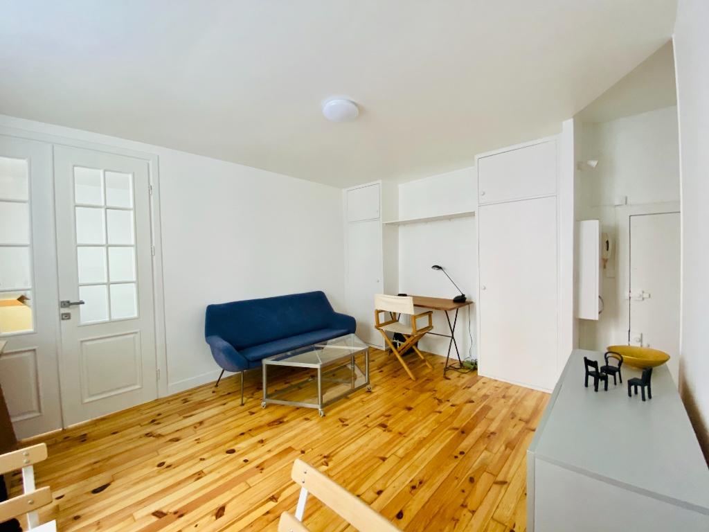 Appartement Paris 2 pièces meublé 33 m2 5