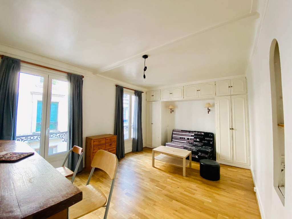 Furnished studio – Paris 18th – 30 m² 3