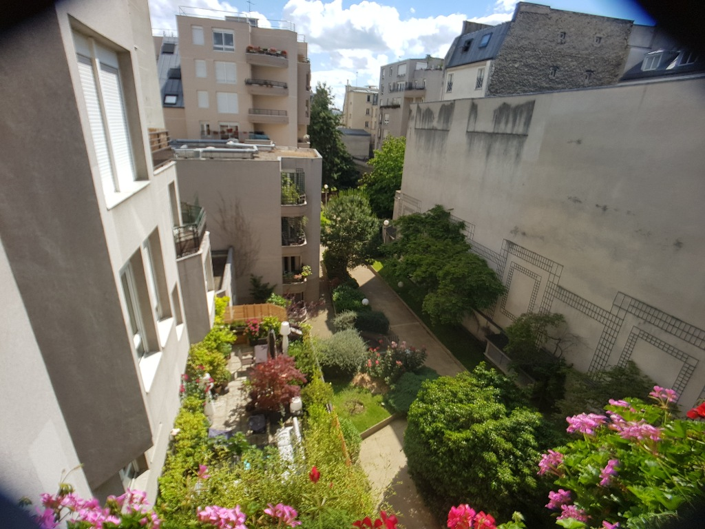 2 ROOMS of 55 m² Balcony Terrace overlooking garden Full SOUTH 8