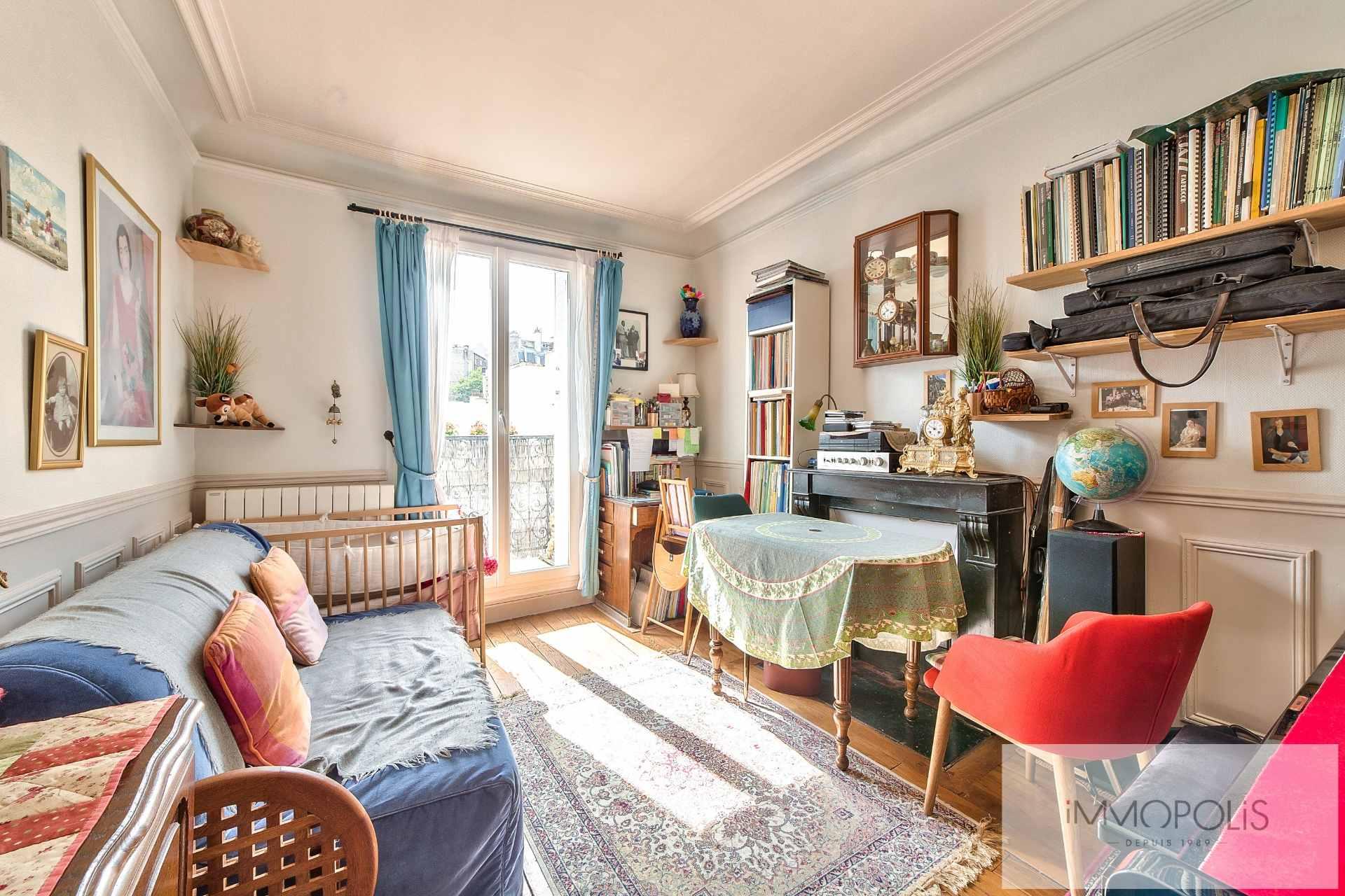 Montmartre Cemetery – 2 room (s) 32 m² – Balcony 1