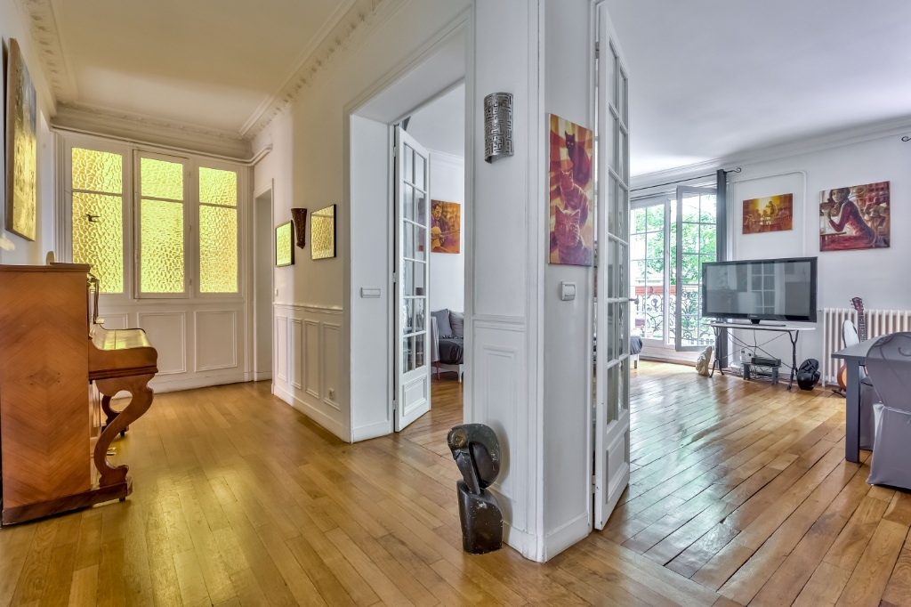 Rue Caulaincourt – 4 room (s) 93 m² – balcony 10