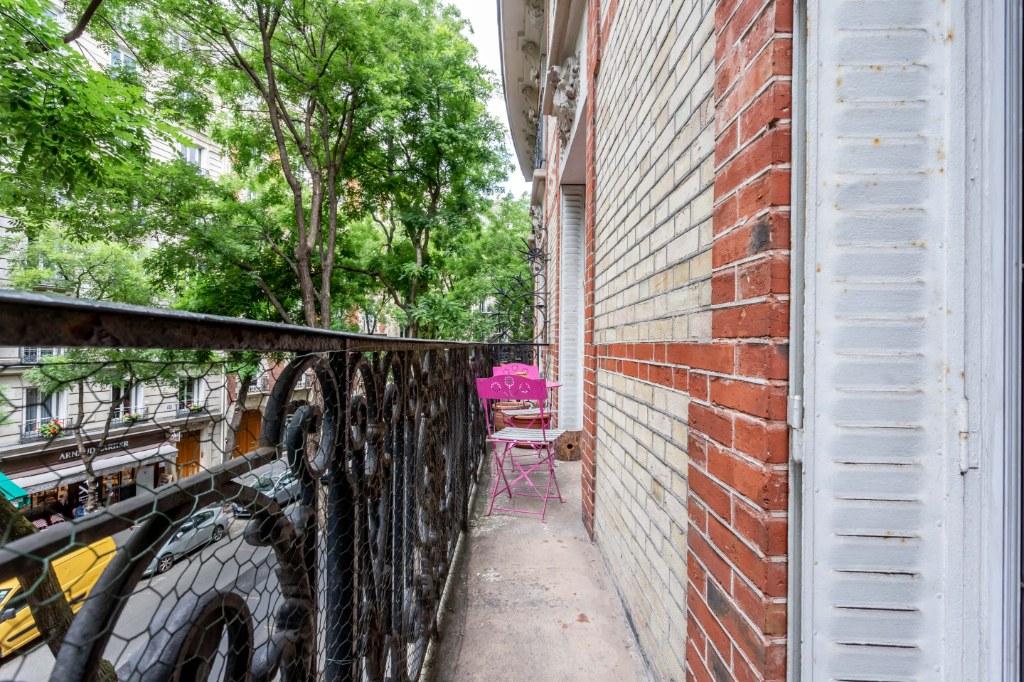Rue Caulaincourt – 4 room (s) 93 m² – balcony 12