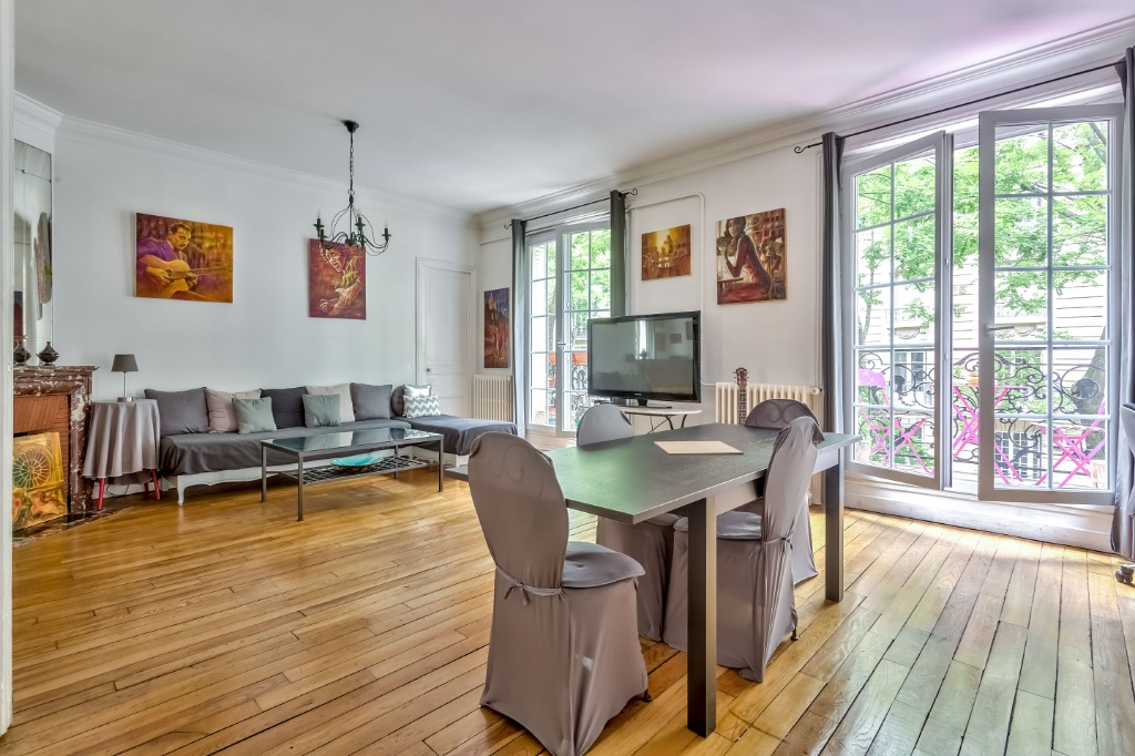 Rue Caulaincourt – 4 room (s) 93 m² – balcony 2