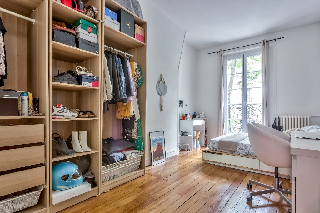 Rue Caulaincourt – 4 room (s) 93 m² – balcony 8