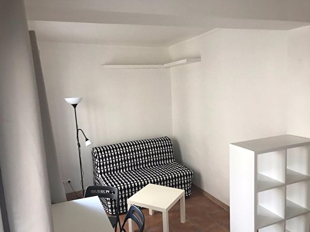 Furnished Studio – 11th Paris – Immopolis 4