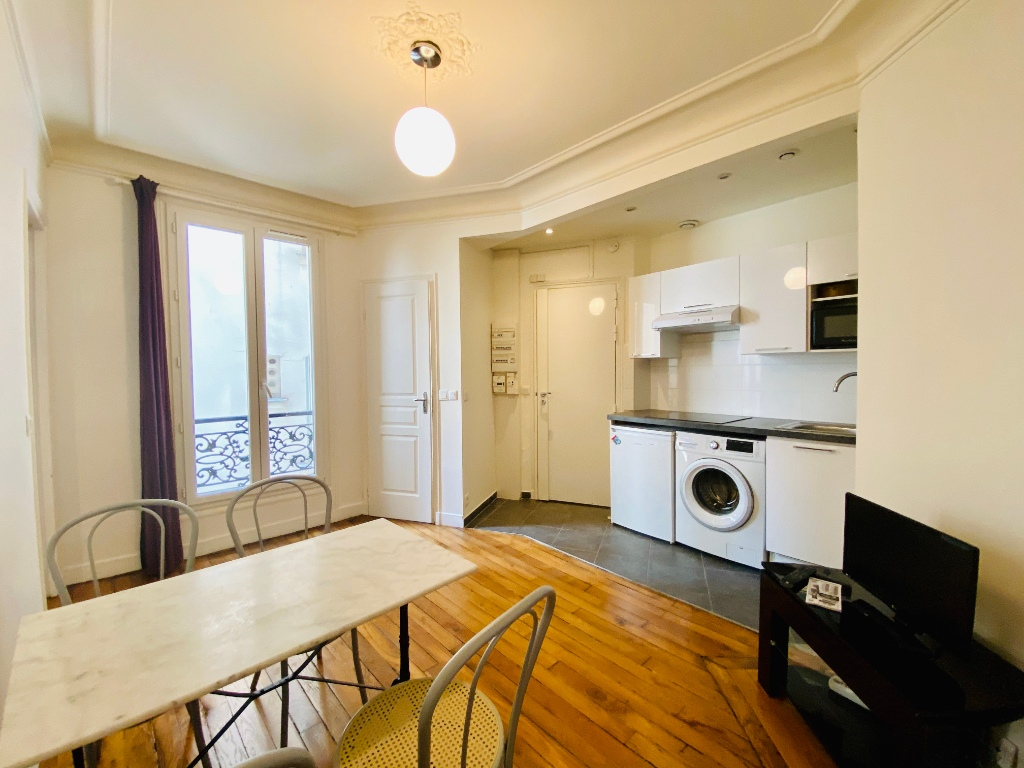 MONTMARTRE – 2 furnished rooms, 30m² 1