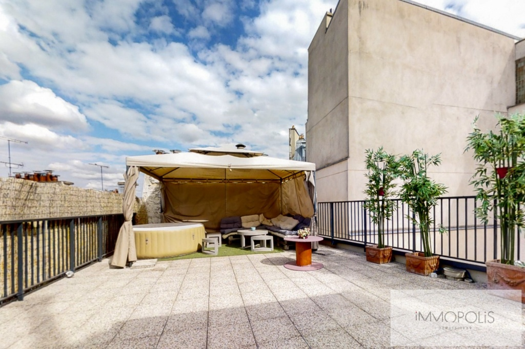 APARTMENT LAST FLOOR WITH ROOF TERRACE OF 70 M² 1