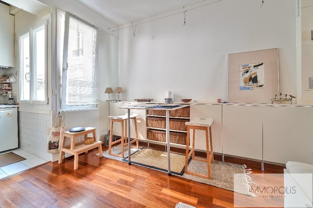 LAMARCK-CAULAINCOURT – Apartment 2 room (s) 29 m2 7