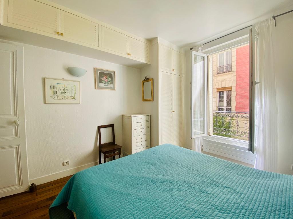 Rue Lamarck Paris 18 – 2 rooms furnished 53 m2 3