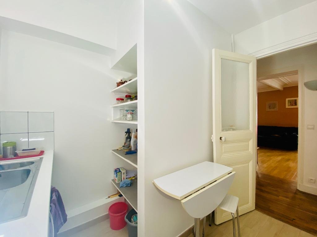 Rue Lamarck Paris 18 – 2 rooms furnished 53 m2 8