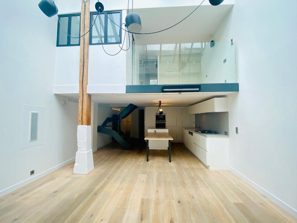 Appartement Paris 4 pièce(s) 106 m2 1