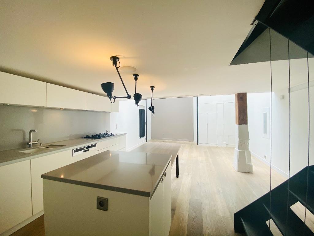 Appartement Paris 4 pièce(s) 106 m2 3