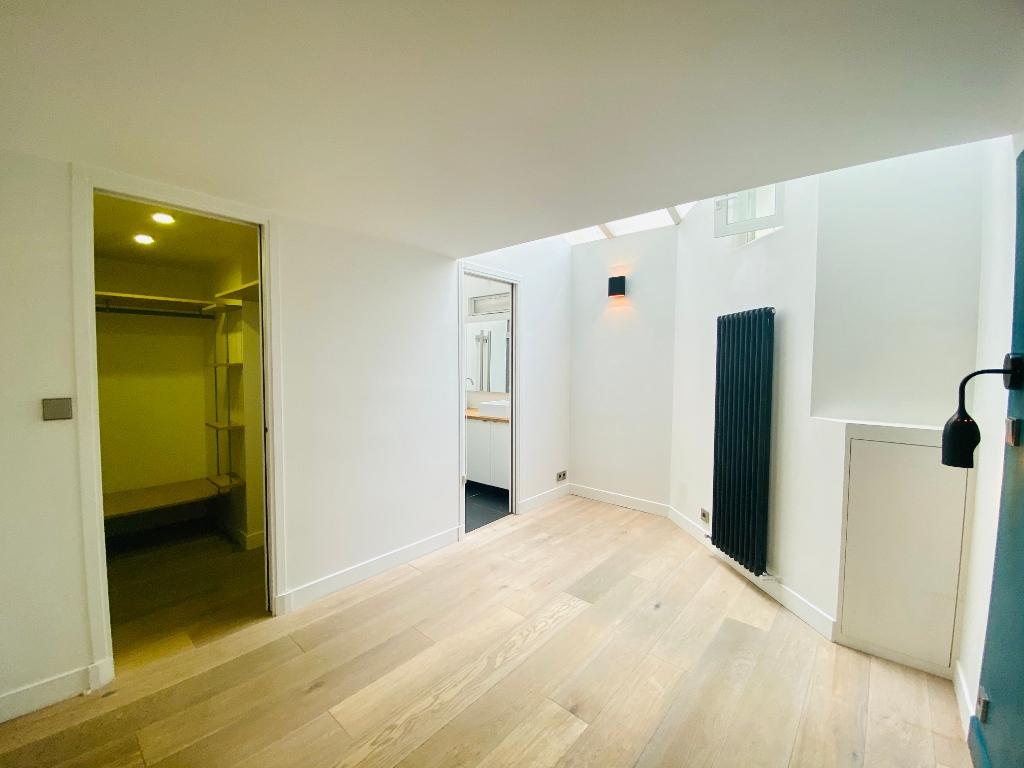 Appartement Paris 4 pièce(s) 106 m2 6