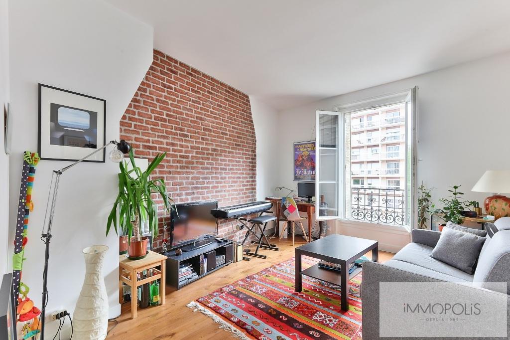 Apartment 75020 2 room (s) 36 m2 2