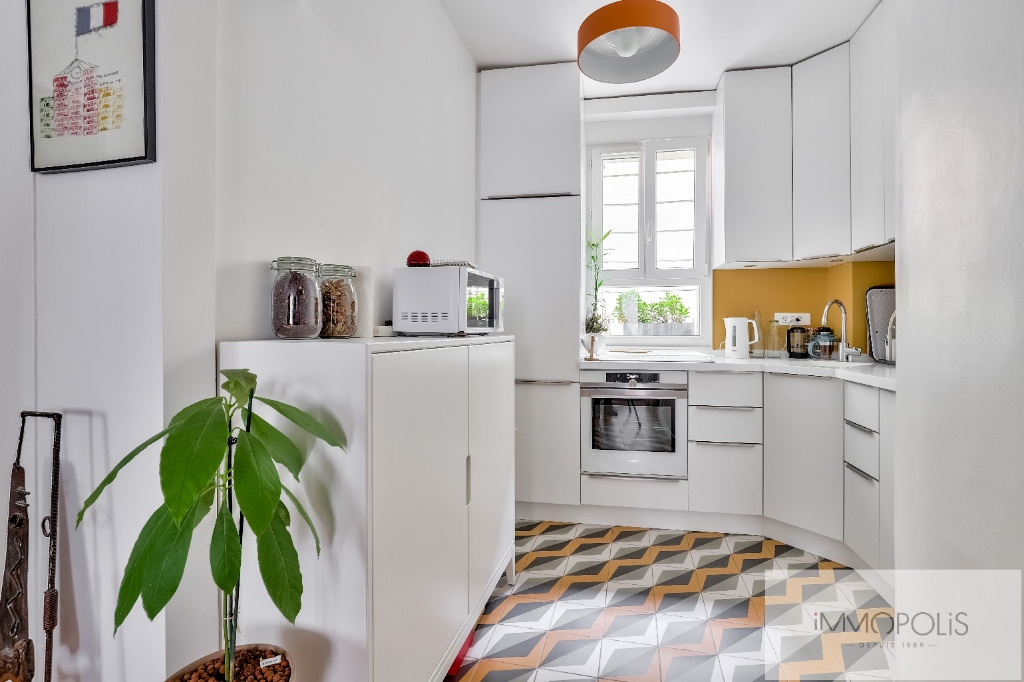Montmartre Cemetery Beautiful 1 bedroom apartment of 61 m² renovated 5