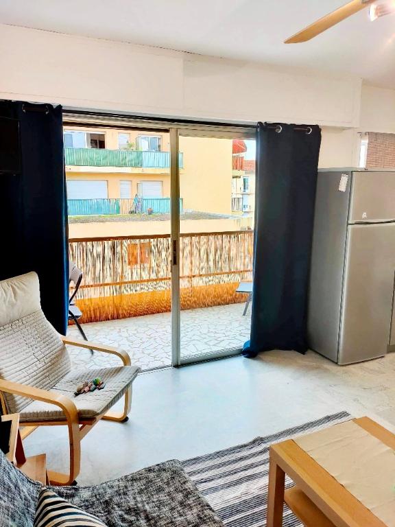 Apartment Juan Les Pins 1 room 27 m2 1