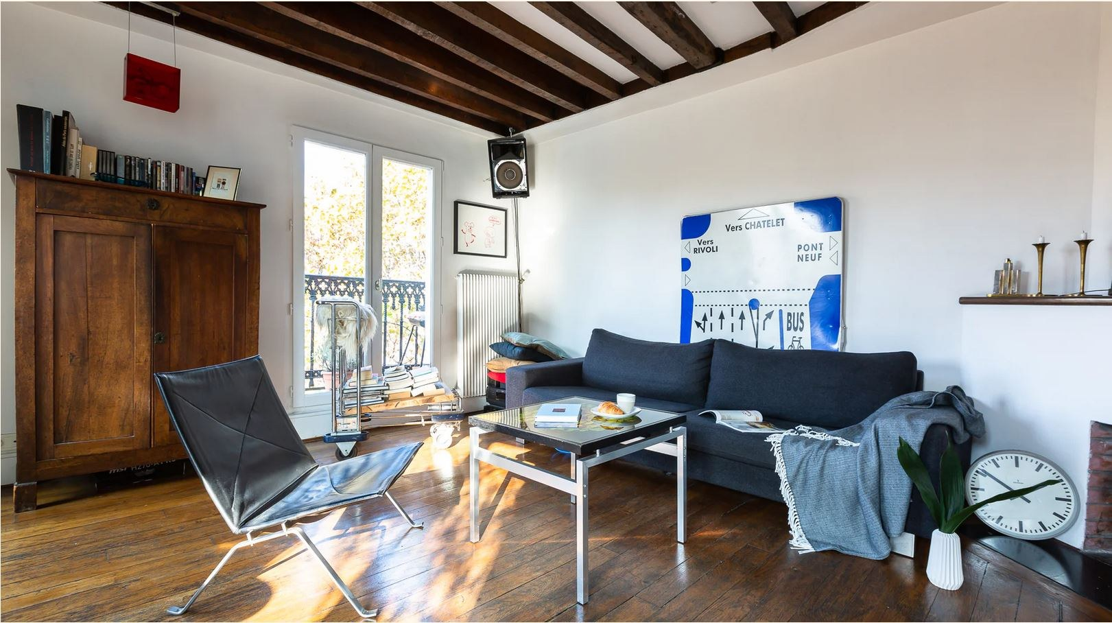 Duplex on the last floor 81.43m² (62.41m² Law Carrez) – Balcony of 11.5m² 1
