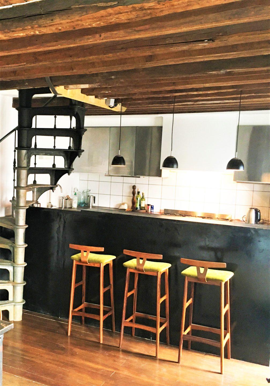 Duplex on the last floor 81.43m² (62.41m² Law Carrez) – Balcony of 11.5m² 4