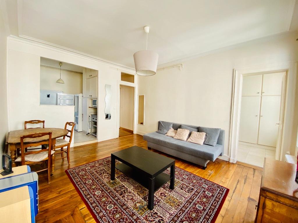 Appartement 2 pièces 44m²  – Meublé – Paris 18ème 2