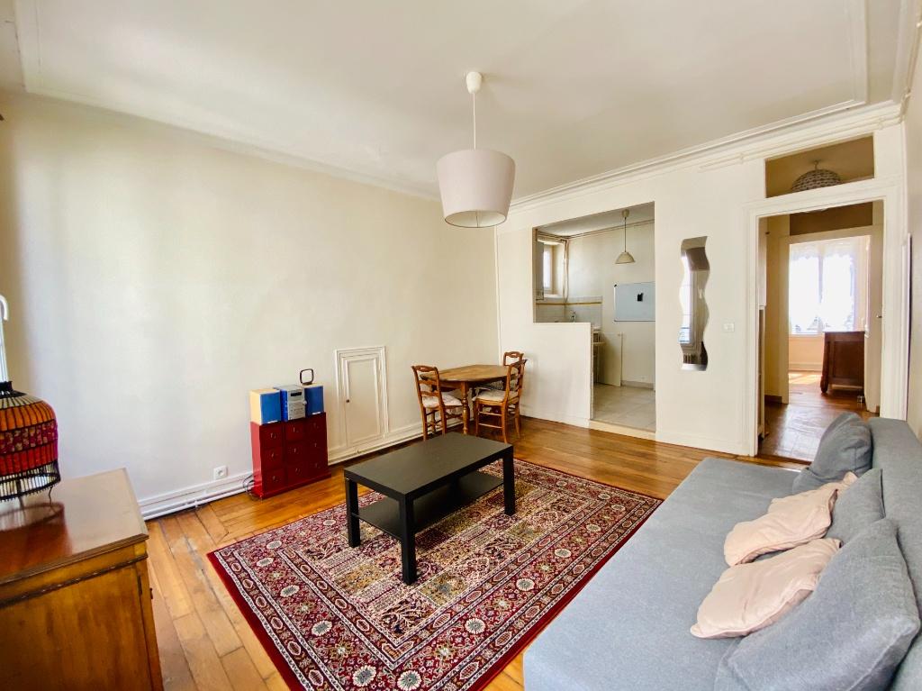 Appartement 2 pièces 44m²  – Meublé – Paris 18ème 3