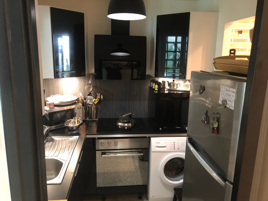 Superb Batignolles 2 rooms with commercialization 3