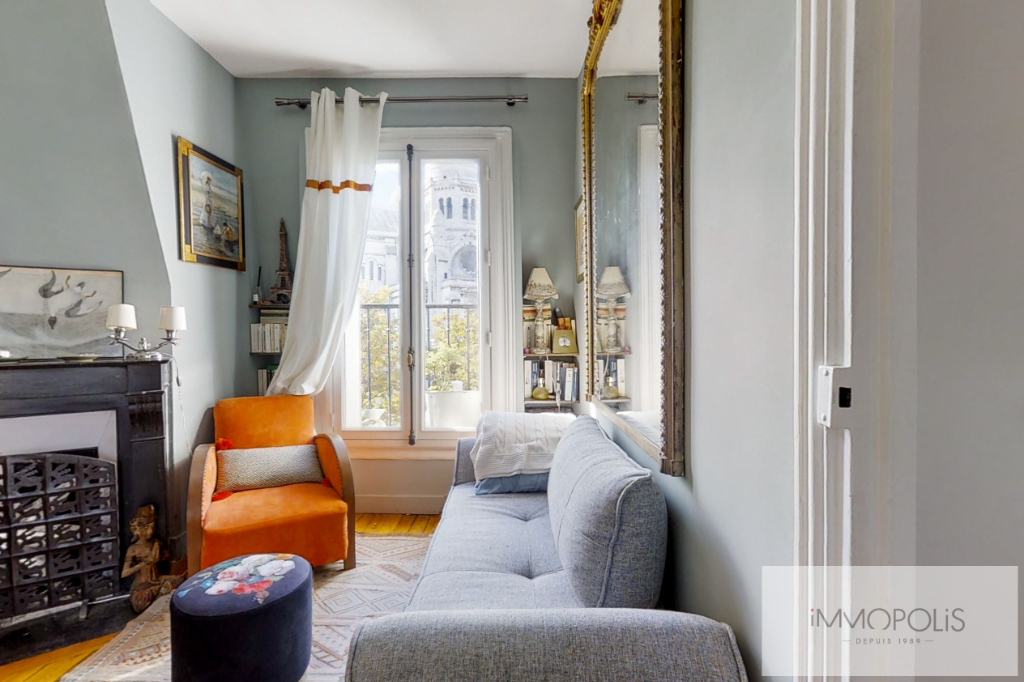 Exceptional apartment with breathtaking views of Paris and the Sacré-Coeur 5