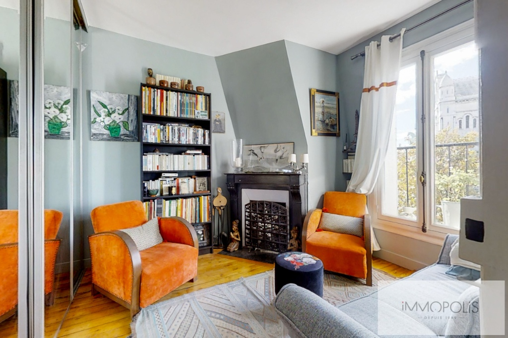 Exceptional apartment with breathtaking views of Paris and the Sacré-Coeur 6