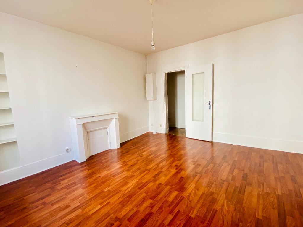 Appartement Paris 2 pièce(s) 35 m2 3
