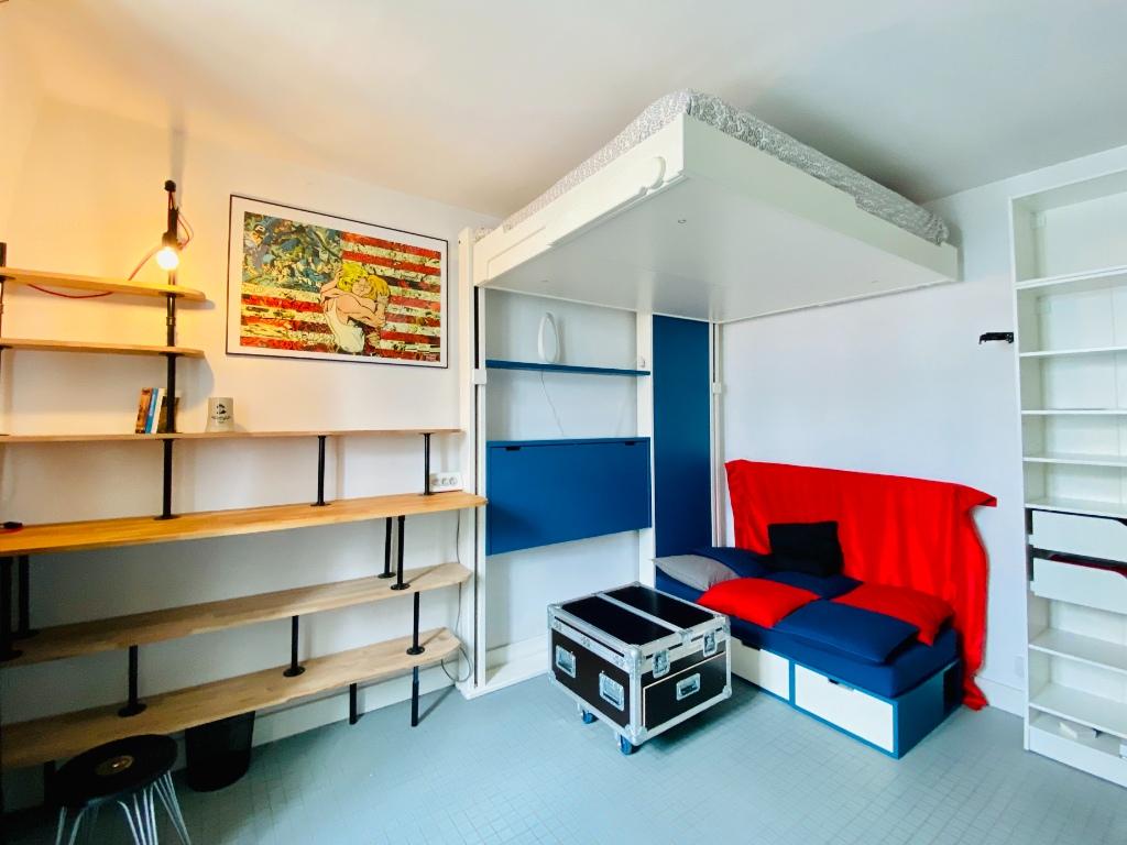 Appartement Paris 1 pièce(s) 18 m2 1