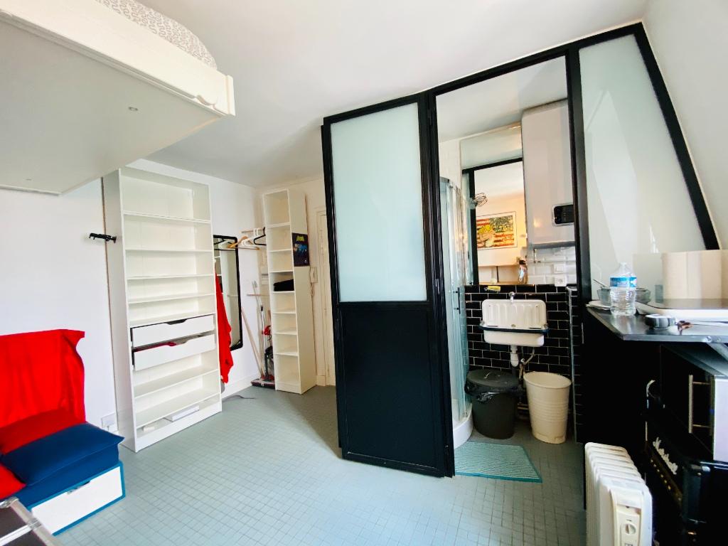 Appartement Paris 1 pièce(s) 18 m2 2