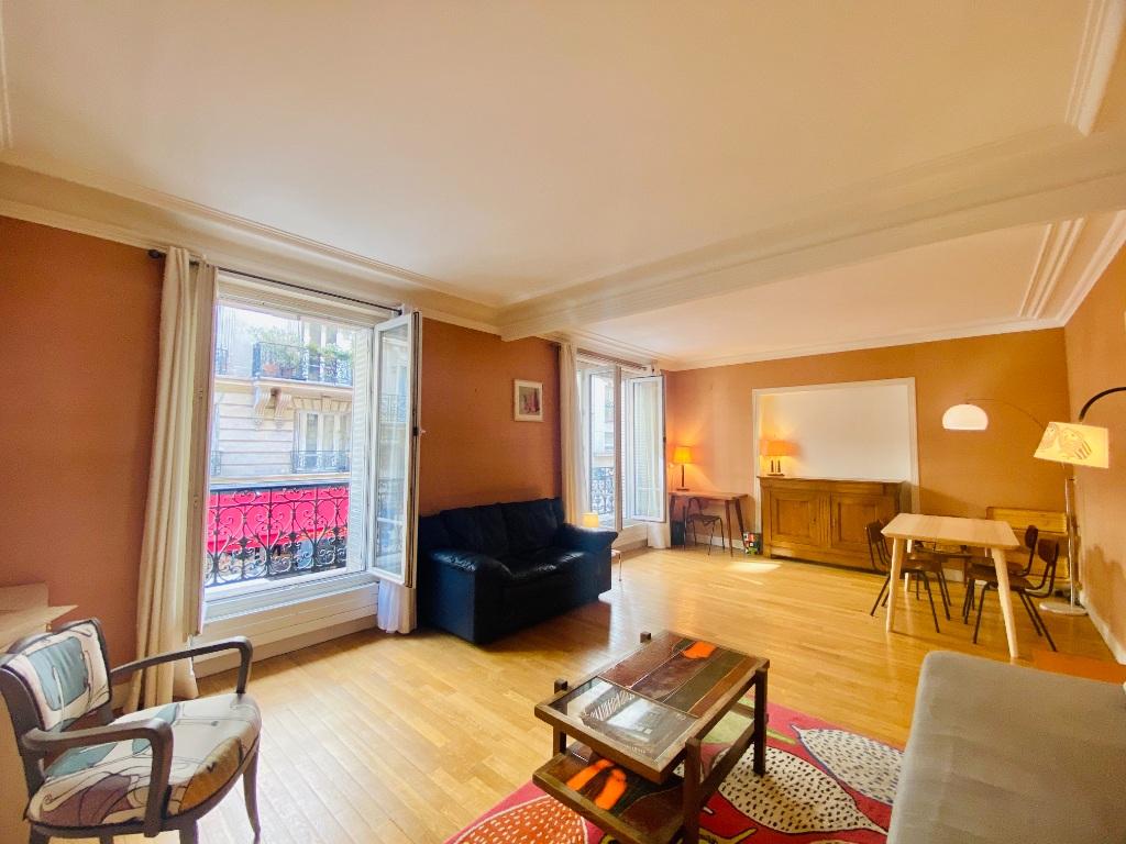 Rue Lamarck Paris 18 – 2 pièces meublé 53 m2 1